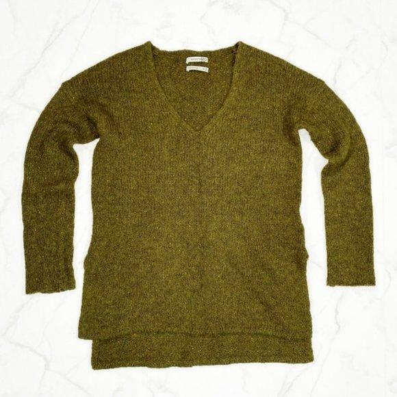 Aritzia Babaton Erin Alpaca Wool V Neck Sweater